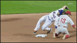 David Wright doing his best Kevin Ware impression.